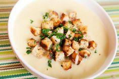 Antioxidant-rich roasted garlic soup