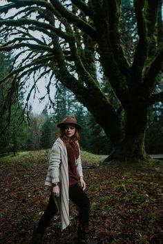northwest pnw portrait outdoors fashion boho redhead ginger washington style photoshoots nature explore lake crescent