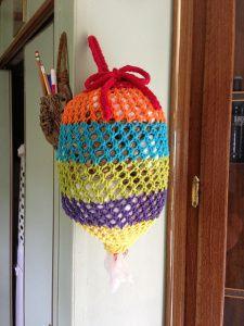 Free Knitting Pattern Grocery Bag Holder : crochet hanging bags on Pinterest Plastic Bag Holders ...