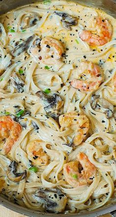 Creamy shrimp and mushroom pasta in a delicious homemade alfredo sauce. All the flavors you want: garlic, basil, crushed red pepper flakes, paprika, Parmesan and Mozzarella cheese. GF Pasta and something not mushrooms (yuck! I Love Food, Good Food, Yummy Food, Tasty, Halibut, Tilapia, Seafood Recipes, Cooking Recipes, Healthy Recipes