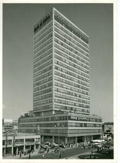 Edificio Banco de Bogotá / Paul Beer / 1963 / Colección Museo de Bogotá: MdB 24712 / Todos los derechos reservados