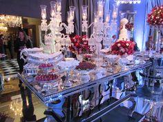 Blog OMG - I'm Engaged! - Decoração de casamento da Rossana L. Wedding decoration.