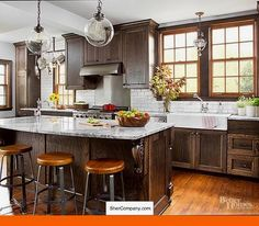 10 Inspiring Kitchens with Wood Cabinets and White Countertops ...