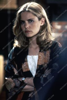 Jennifer Jason Leigh film Rush 35m-6534