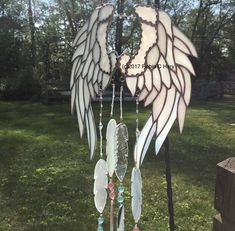 Angelic Feathers Stained Glass Wind Chimes Original and Exclusive Design Handmade Glass Angel Wings - You are in the right place about decorations sejour Here we offer you the most beautiful pictures - Stained Glass Angel, Stained Glass Designs, Stained Glass Projects, Stained Glass Patterns, Stained Glass Windows, Mosaic Glass, Fused Glass, Glass Beads, Blown Glass