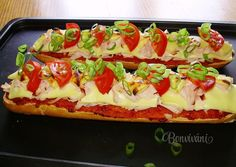 Zapekanky • recept • bonvivani.sk Slovak Recipes, Czech Recipes, Russian Recipes, Ethnic Recipes, Calzone, Bruschetta, Vegetable Pizza, Entrees, Catering