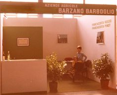 1974: 40 Vinitaly ago, little winemakers (Giulio e Lucia Barzanò owner of il Mosnel - Franciacorta) at work