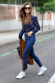 High Waist Jeans + Stan Smith Adidas + Fringe Suede Jacket http://FashionCognoscente.blogspot.com