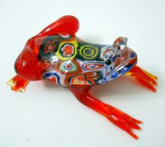 Glass Frog Figurine Red with Colorful Millefiori Pieces on Back Raised Head New
