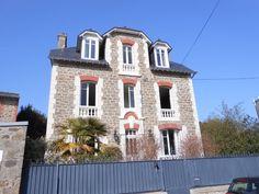 Vente belle maison en pierres Dinard La Malouine vue mer et proche plage - Pierres et Mer