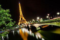 eiffel tower picture for desktops, 525 kB - Tyrek Turner