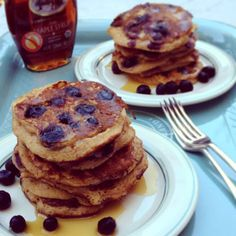 Spelt Pancakes with Apple and Blueberries |kitchen table food