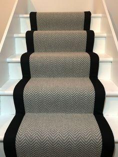 Black And White Hallway, Black Stairs, White Staircase, Carpet Staircase, Staircase Runner, Staircase Design, Stair Carpet Runner, Runners For Stairs, Tartan Stair Carpet