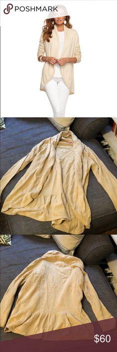 Lilly Pulitzer Bryn cardigan, camel Lilly Pulitzer Bryn cardigan, camel. Size L Lilly Pulitzer Sweaters Cardigans