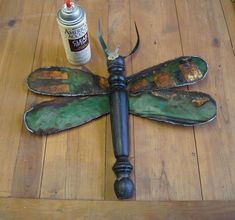 dragonfly tutorial, crafts, gardening, repurposing upcycling, Last step is to spray clearcoat to seal metal and wood Diy Garden Decor, Garden Art, Garden Crafts, Garden Ideas, Garden Whimsy, Garden Junk, Garden Club, Easy Garden, Coffee Filter Crafts
