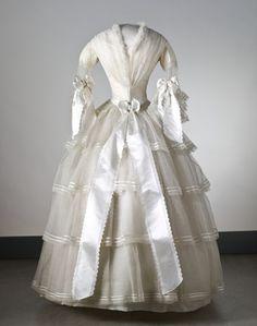 Wedding dress worn August 19, 1854 by Svea Beata Myhrman, Sweden. Nordic Museum inv No. 192 688.