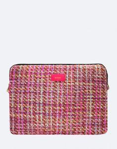 funda-portatil-rosa-tweed Tablets, Unisex, Pretty In Pink, Tweed, Zip Around Wallet, Fashion, Pink, Laptop Sleeves, Moda