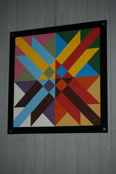Barn quilt patterns ideas 050 from 48 Easy Barn Quilt Patterns Ideas Barn Quilt Designs, Barn Quilt Patterns, Quilting Designs, Painted Barn Quilts, Barn Signs, Barn Art, American Quilt, Sign Painting, Colorful Quilts