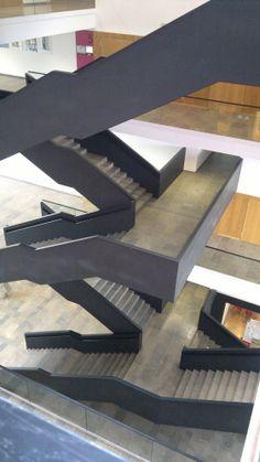 optische t uschung im treppenhaus fotopro 2014 n8. Black Bedroom Furniture Sets. Home Design Ideas