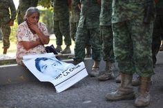 """""""@elbuho_88: #EPNnoTeHagasMenso EL AMOR DE MADRE ES MAS FUERTE QUE LA FUERZA DE 20 SOLDADOS """""""" @ONUMujeres  @AIMexico"""