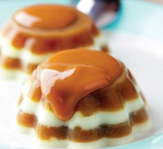 Looking for Fast & Easy Dessert Recipes! Recipechart has over free recipes for you to browse. Find more recipes like Delicious Caramel Coffee Gelatin. Coffee Dessert, Dessert Drinks, Easy Desserts, Dessert Recipes, Jello Desserts, Cold Desserts, Panna Cotta, English Desserts, Chocolate Caramel Cake