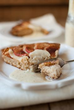 Finnish apple tart with vanilla sauce