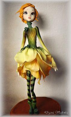 Podzim je inspirací - cake by Vlaďka Polymer Clay Figures, Polymer Clay Sculptures, Polymer Clay Dolls, Polymer Clay Projects, Sculpture Clay, Clay Crafts, Puppet Making, Doll Painting, Flower Fairies