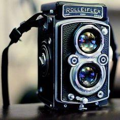 Rolleiflex Automat Type 2 TLR Camera. #rolleiflex #vintagecamera #filmphotography