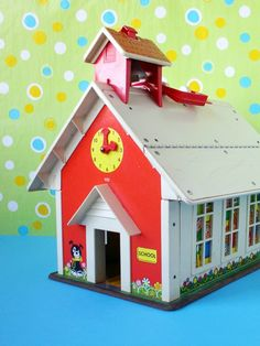 "Fisher Price Little People Schoolhouse...I LOVED this set. Loved the playground too and my ""kids"" had alot of recess... Has a bell in the belltower that DINGS when you push the button on top."