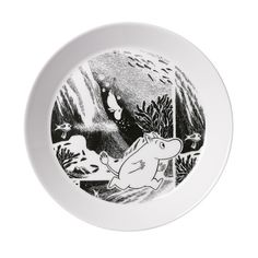 Muumi Seikkailu-my daughters favorite plates Dining Plates, Side Plates, Plates On Wall, Plate Wall, Moomin Mugs, Tove Jansson, Home Kitchens, Home Accessories, To My Daughter