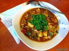 Dietetyczny kurczak z cukinia i pieczarkami - http://www.mytaste.pl/r/dietetyczny-kurczak-z-cukinia-i-pieczarkami-4827532.html