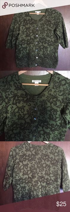 Kenar Cashmere 100% 2 ply Women's Sweater Kenar women's 100% 2 ply cashmere cardigan sweater, fleur de lis pattern with green and darker green colors, EUC excellent used condition no defects, size L large, half sleeves, amazingly soft!! Kenar Sweaters Cardigans