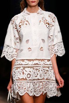 Valentino Spring 2015 Ready-to-Wear - details: