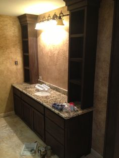 Bathroom with towers #texasfurniturebuilders #tfb #masterbath