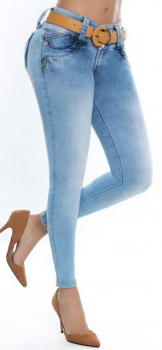 Jeans levanta cola ENE2 93399 Plus Size Boots, Bermuda Jeans, Best Jeans, Girls Jeans, Denim Pants, Online Dress Shopping, Pants For Women, Skinny Jeans, Womens Fashion