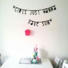 #Wordbanner #tip: Girls just wanna have sun - Buy it at www.vanmariel.nl - € 11,95