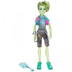 The Monster High Haunted Student Spirits Porter Geiss is the artist son of a Poltergeist.