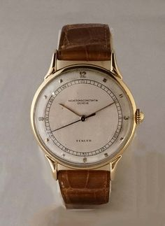 Vacheron Constantin circa 1940 - Collection Fine Jewellery and Watches Men's Watches, Watches For Men, Jewelry Watches, Watch Crown, Vacheron Constantin, Popular Watches, Watch This Space, Vintage Watches, Gold Watch