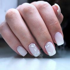 55 The Nail Art Trend Dominating Spring 2020 These trendy Nails ideas would gain you amazing compliments. Check out our gallery for more ideas these are trendy this year. Frensh Nails, Pale Nails, Fun Nails, Pretty Nails, Beautiful Nail Designs, Beautiful Nail Art, Cool Nail Designs, French Acrylic Nails, Nagellack Trends