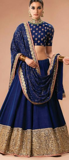 This traditional blue and golden lehenga is beautiful and perfect for your engagement or sangeet! // sangeet outfit ideas for indian weddings Golden Lehenga, Blue Lehenga, Lehenga Choli, Indian Attire, Indian Ethnic Wear, Dress Indian Style, Indian Dresses, India Fashion, Ethnic Fashion
