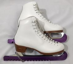 RIEDELL Women's 6 Model 121 White Ice skates with purple guards  #Riedell #IceSkates