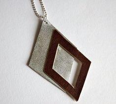 geometrische Lederhalskette, Rauten, zweifarbig, silber und dunkelbraun