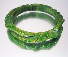 Creamed Spinach Bakelite Deeply Carved Cuff