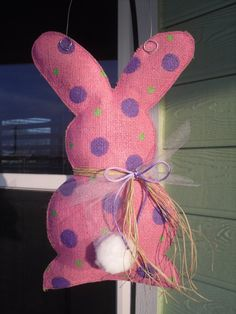 Burlap bunny in pink ... Check out this item in my Etsy shop https://www.etsy.com/listing/226615260/burlap-bunny-doorwall-hanger