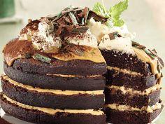 A delicious cake version of the classic Peppermint Crisp tart! Makes 1 stacked cake Preparation. Tart Recipes, Sweet Recipes, Baking Recipes, Pie Dessert, Dessert Recipes, Dessert Ideas, Cake Ideas, Peppermint Crisp Tart, Kos