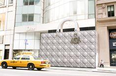 Dior 「Under construction」