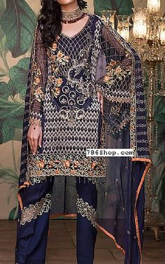 Pakistani Dresses online shopping in USA, UK. Embroidery On Kurtis, Kurti Embroidery Design, Pakistani Dresses Online Shopping, Online Dress Shopping, Chiffon Dresses, Long Dresses, Fashion Clothes, Fashion Dresses, Pakistani Designers