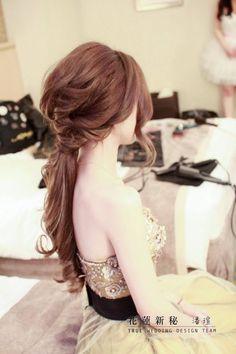 Make-up & Hairstyles:潘瑄│TRUE wedding design team│Hualien, Taiwan http://www.wetrue.com.tw/true/