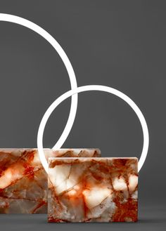 Large White Marble Table Lamp by Sabine Marcelis, 2019 for sale at Pamono Black Floor Lamp, Modern Floor Lamps, Modern Desk, Deco Design, Lamp Design, Design Trends, Design Ideas, Neon Lighting, Lighting Design