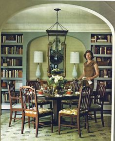 lovely dining room w/round table. From Cottage Living magazine Dec. 2008